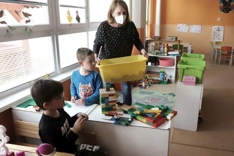 V OBRAZOCH: Aj vo Zvolene sa otvoril 1. stupeň základných škôl a materské školy