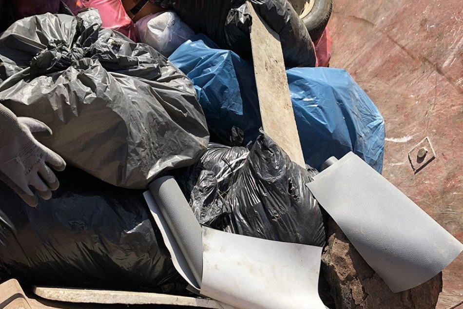 V OBRAZOCH: Jarné čistenie Zobora 2021