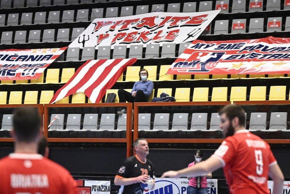 FOTO: MŠK Považská Bystrica - Košice Crows 34:23 (3:0 na zápasy)