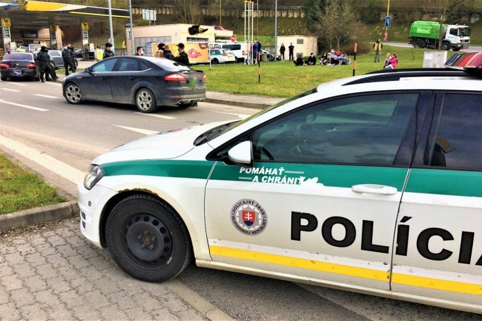 OBRAZOM: Policajná naháňačka vyvrcholila v centre Považskej Bystrice