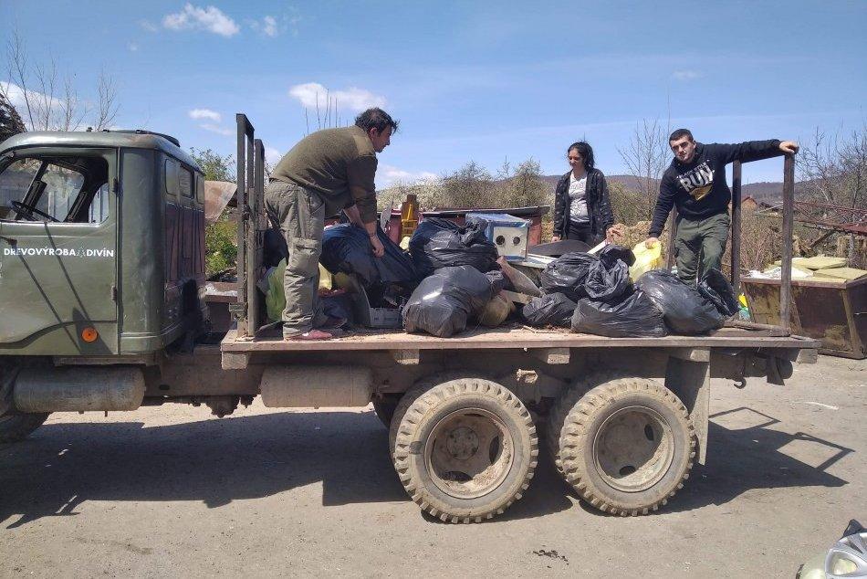 V OBRAZOCH: Novohradskí poľovníci vyčistili svoje revíri