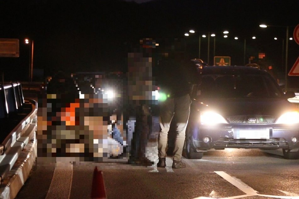 FOTO: Drogová razia žiarskych a bystrických policajtov