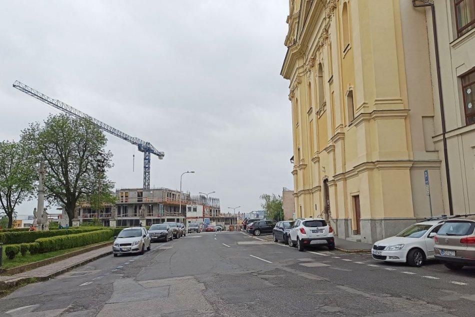 Priartistická ulica v Nitre