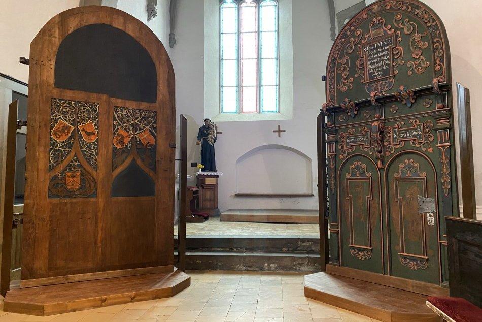 Objektívom: Zreštaurovaná gotická vstupná brána z konca 15. storočia