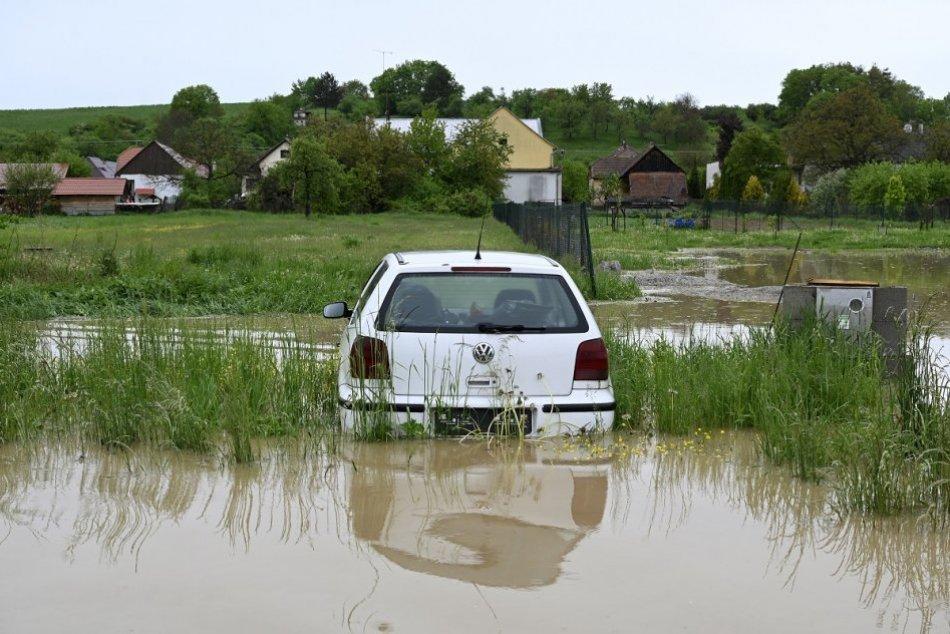 OBRAZOM: Povodeň v obci Horné Naštice