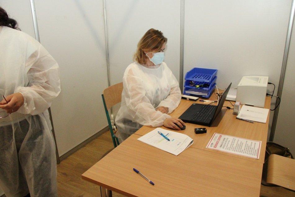 Veľkokapacitné očkovacie centrum v Nových Zámkoch