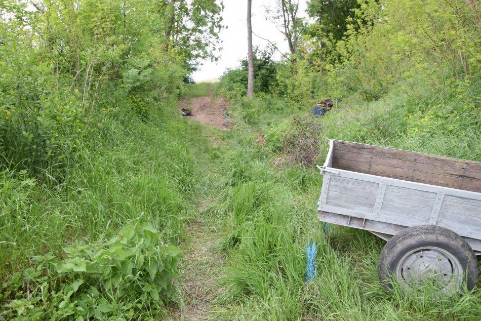 V OBRAZOCH: Tragická nehoda traktora v obci Pleš