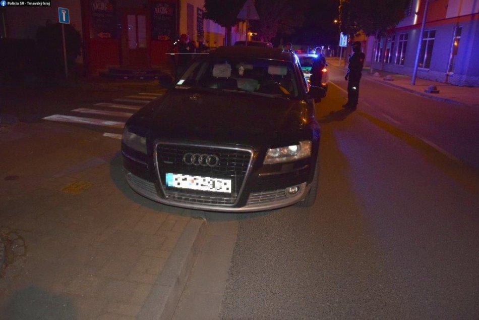 FOTO: Policajti zadržali dílerov drog v Piešťanoch aj v Dunajskej Strede