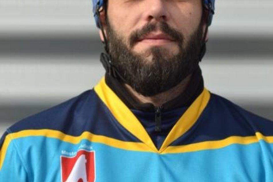 Kapitán hokejbalistov Svidník zomrel počas hry