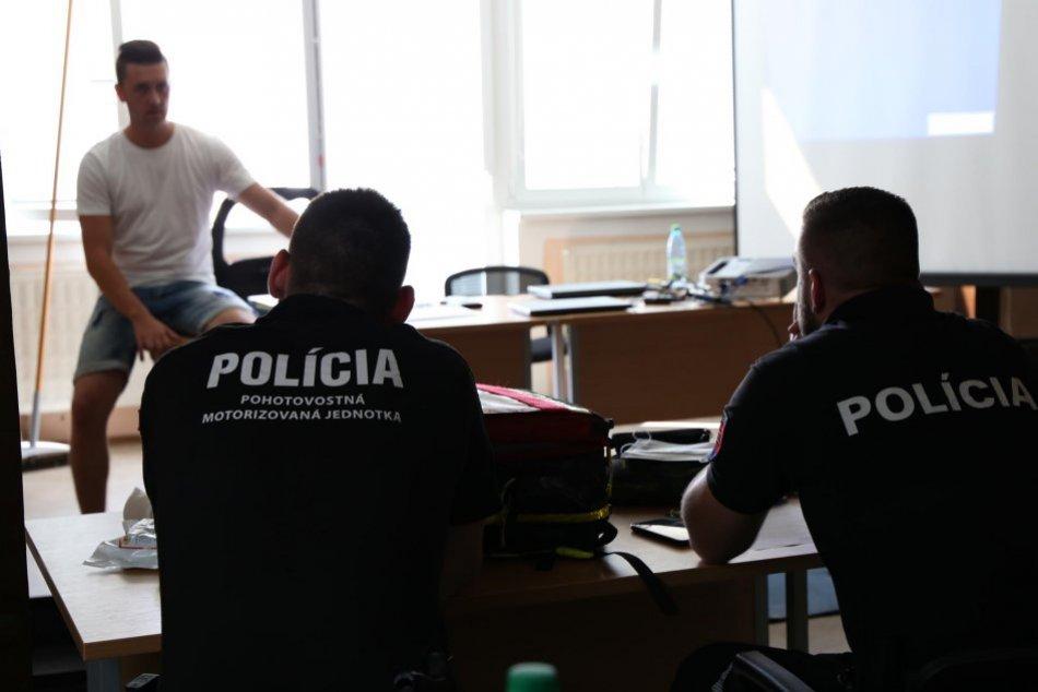Trnavskí policajti na kurze prvej pomoci