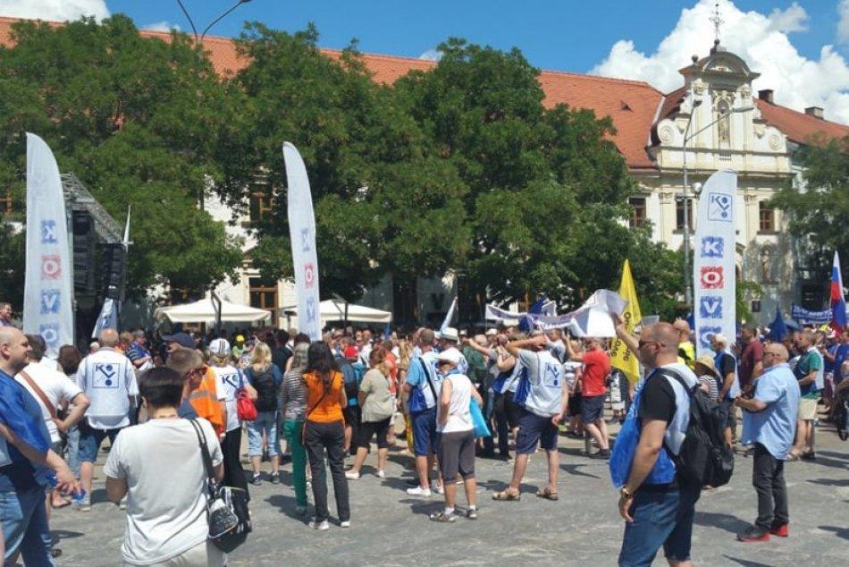 Protest odborárov v Bratislave