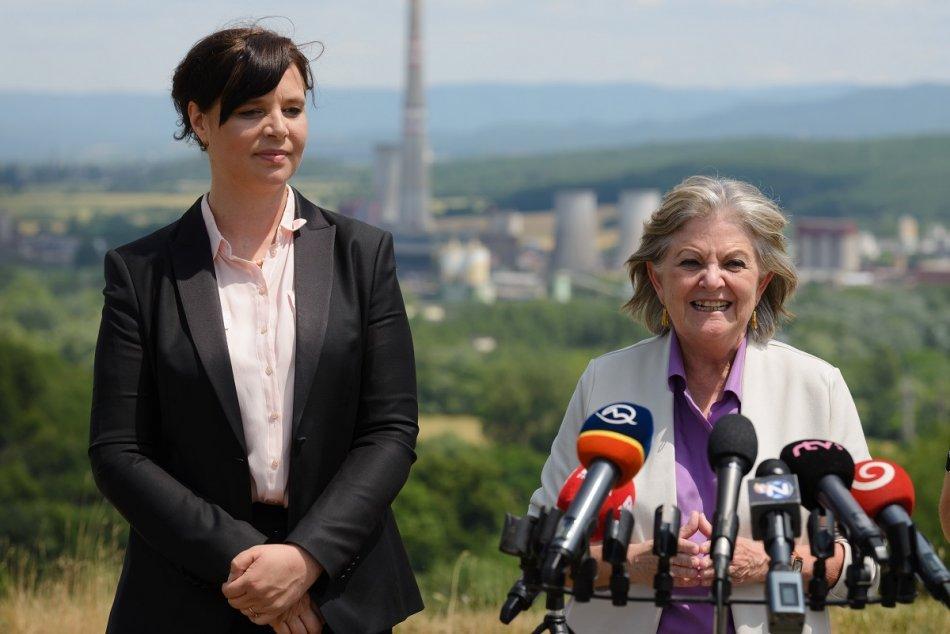 FOTO: Ministerka Remišová a eurokomisárka Ferreirová v Zemianskych Kostoľanoch