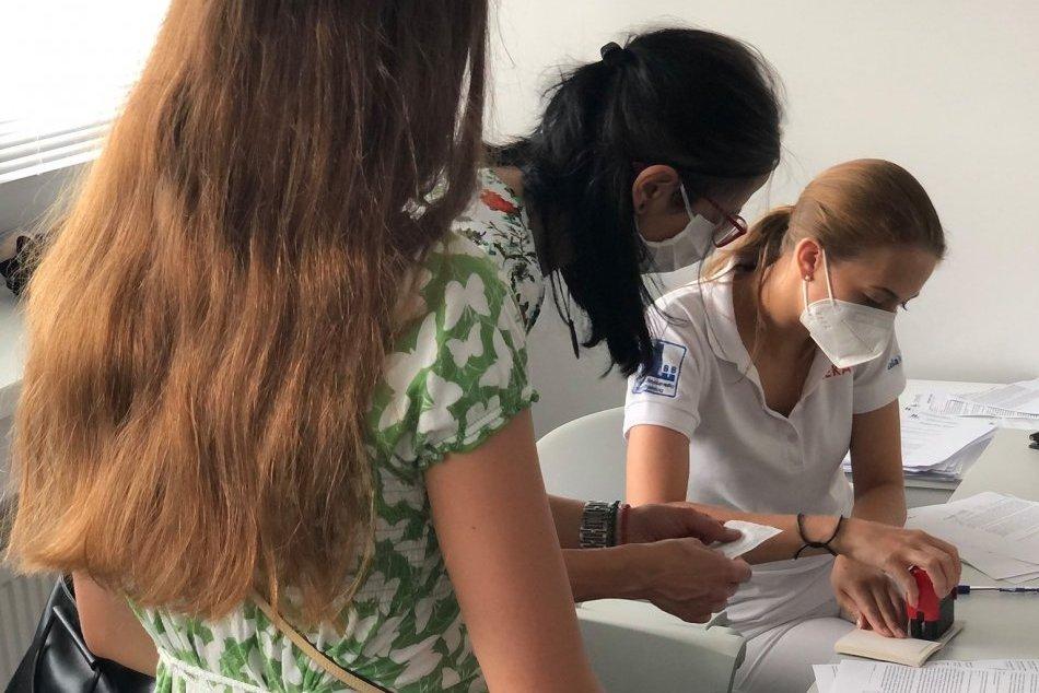 V OBRAZOCH: Očkovanie detí v bystrickej nemocnici