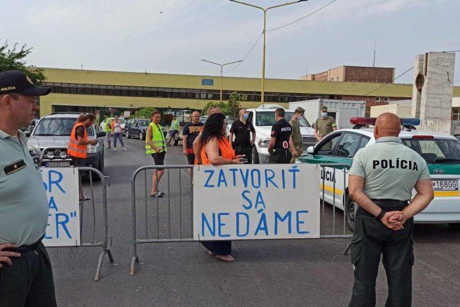 Protest pendlerov na hraničnom priechode Milhosť