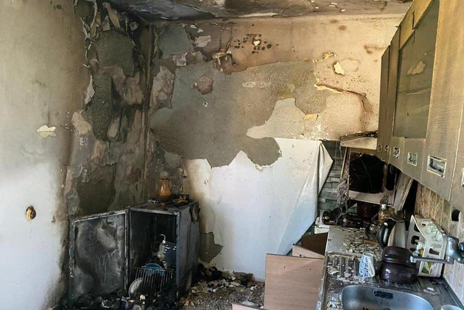OBRAZOM: Požiar v kuchyni rodinného domu v obci Diviacka Nová Ves