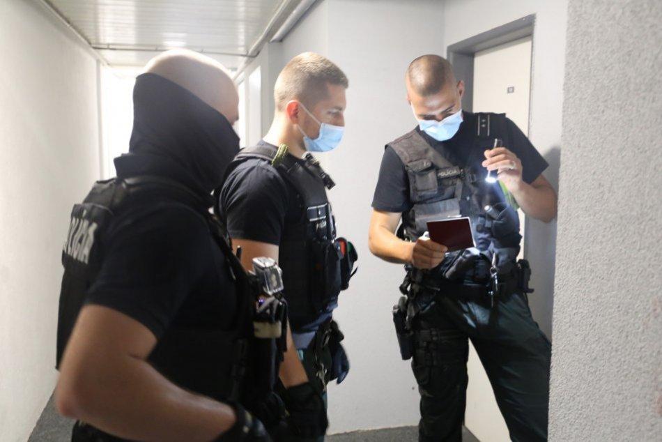 Policajný zásah v Piešťanoch a okolí