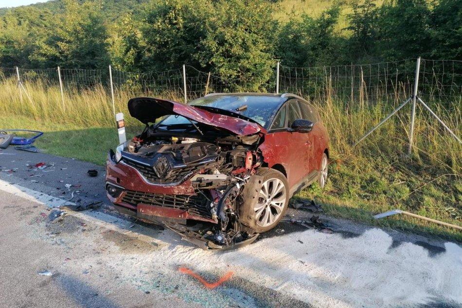 Vážna nehoda na R1 v smere zo Žiaru nad Hronom na Zvolen
