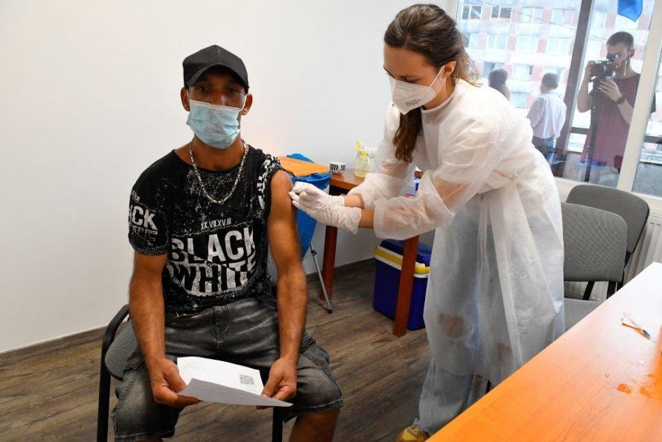 Očkovanie na Luníku IX