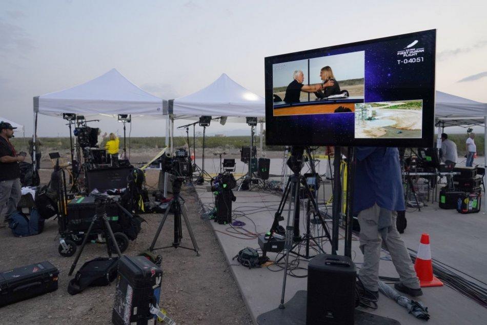 V OBRAZOCH: Prvý let Blue Origin miliardára Bezosa bol úspešný