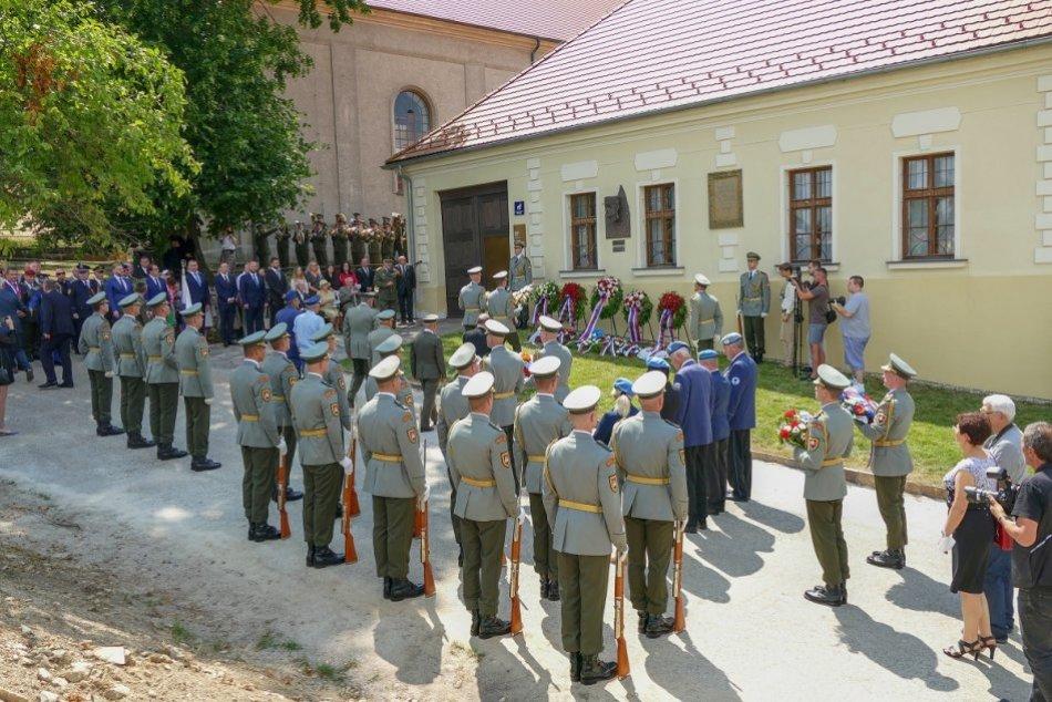 OBRAZOM: Oslavy 141. výročia narodenia generála Milana Rastislava Štefánika