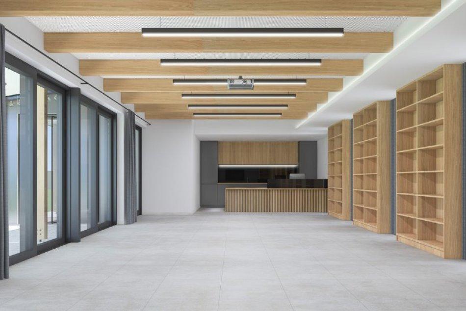 VIZUALIZÁCIE: V knižnici Juraja Fándlyho v Trnave vybudujú modernú letnú čitáreň