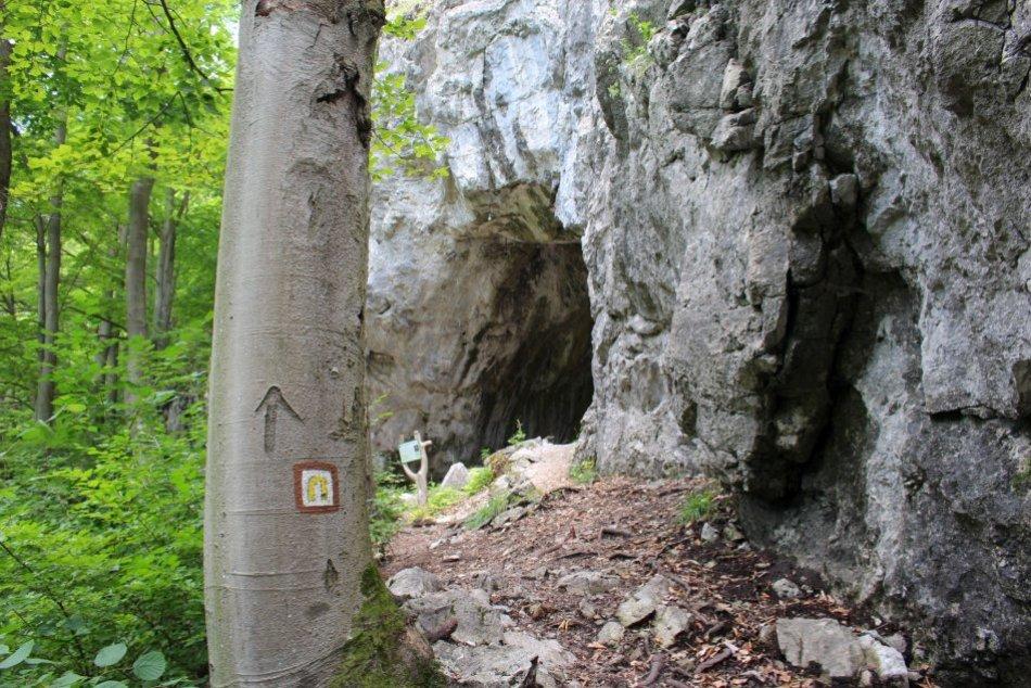 V OBRAZOCH: Dekretova jaskyňa neďaleko Bystrice očarí svojou monumentálnosťou