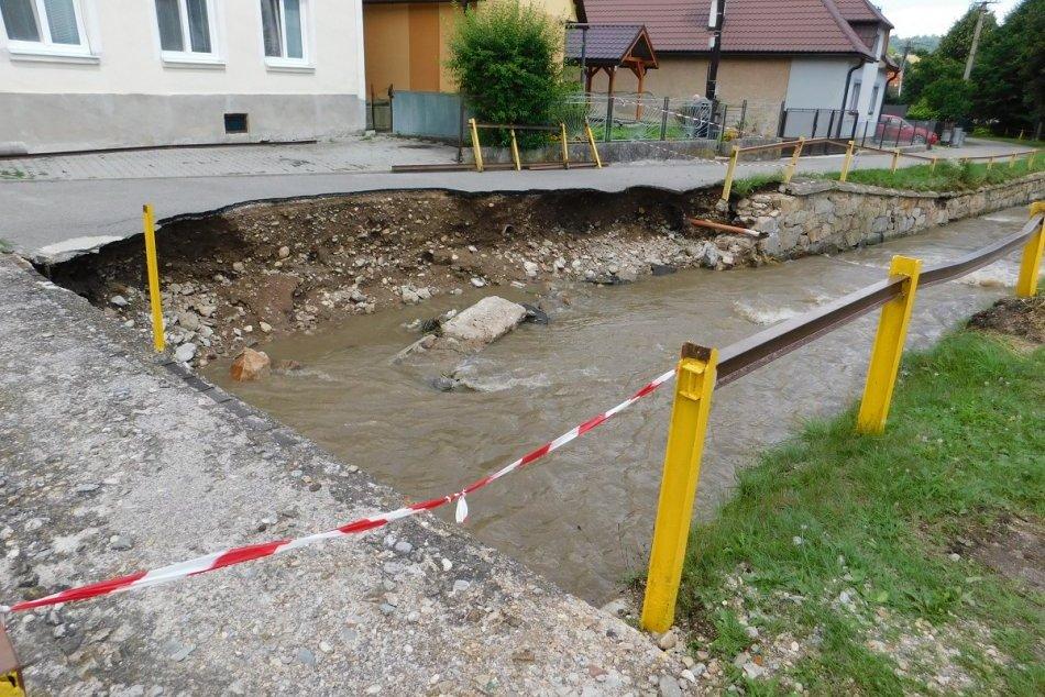 OBRAZOM: V obci Valaská Belá vyhlásili pre povodne mimoriadnu situáciu