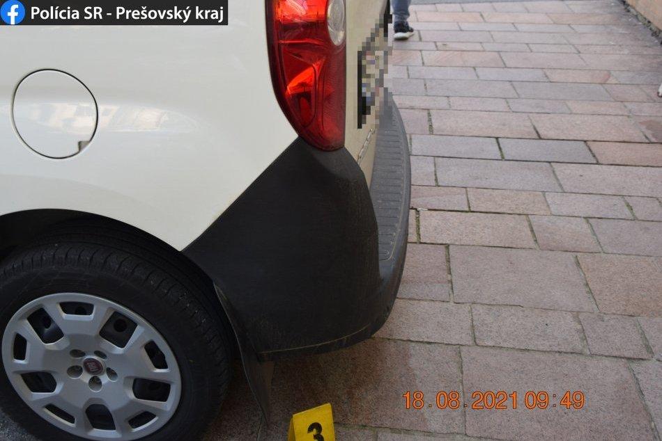 Nehoda pri cúvaní v Spišskom Podhradí: Chodec skončil s ťažkým zranením
