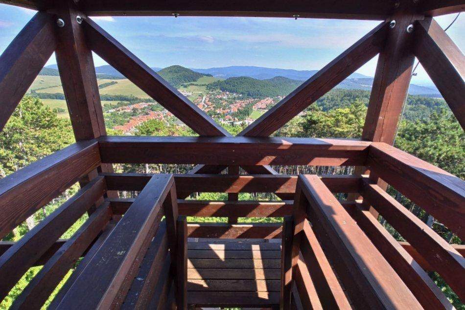 TIP na výlet: Rozhľadňa nad obcou Skýcov