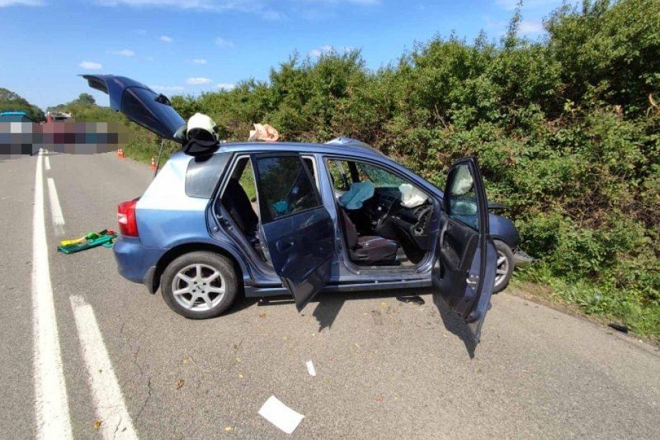 Tragédia na ceste: O život prišla jedna osoba, viacerí sa zranili