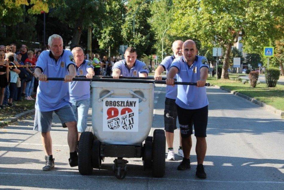 Šaľania v Oroszlány tlačili banský vozík