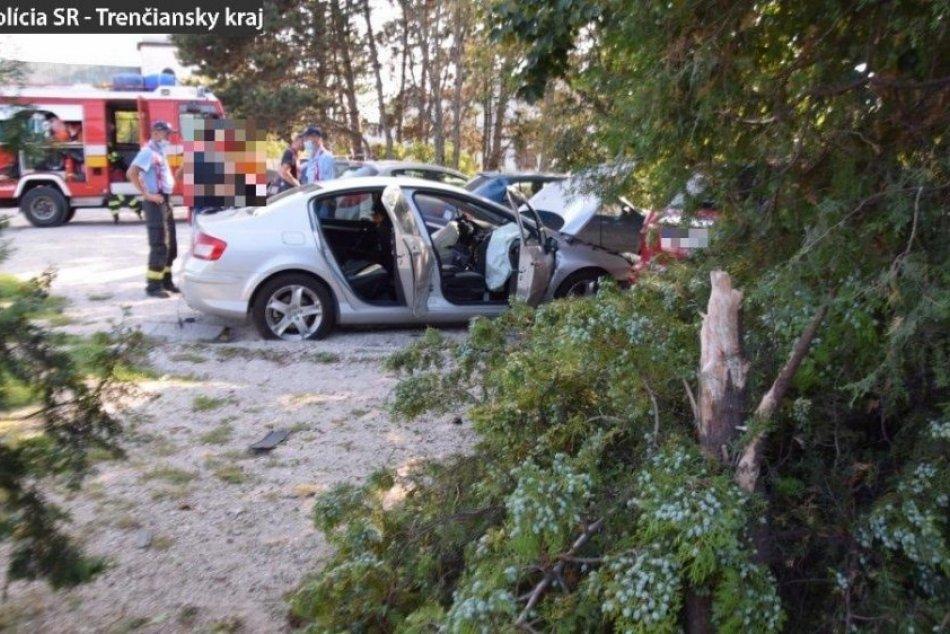 FOTO: Pri dopravnej nehode v Prievidzi zomrel 74-ročný vodič