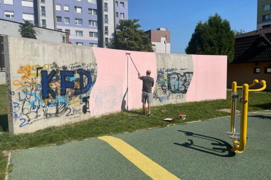 Betónovú stenu zmenili na umelecké dielo