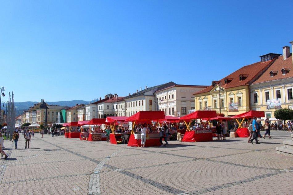 V OBRAZOCH: V Bystrici odštartoval 363. Radvanský jarmok