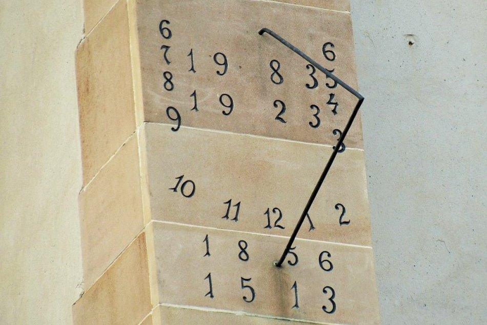 Objektívom: Záhadné slnečné hodiny v Prešove