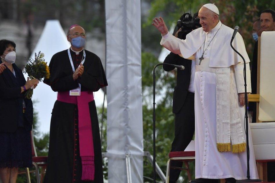 FOTO: Pápež František na sídlisku Luník IX