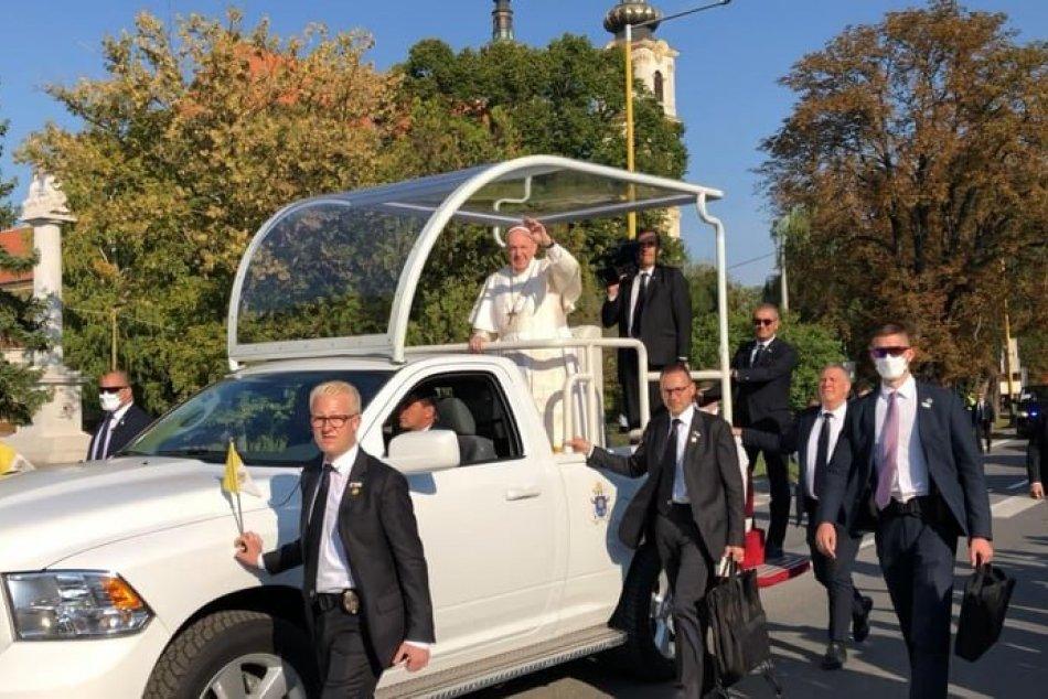 FOTO: Pápež František prišiel do Šaštína