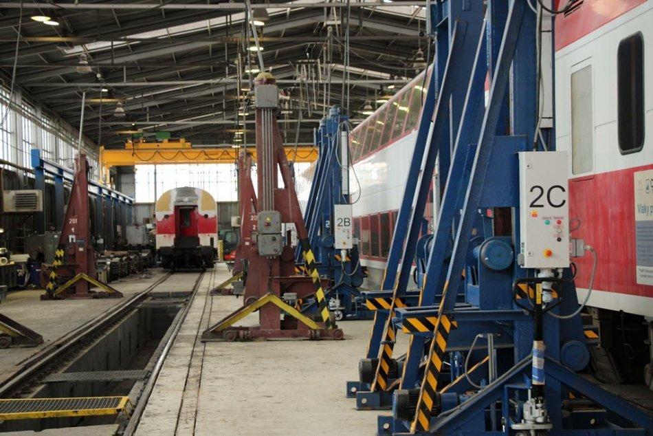 V Nových Zámkoch vznikne stredisko na údržbu vlakov