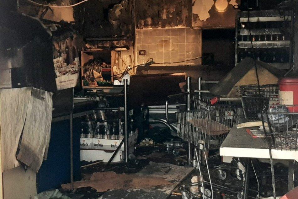 Požiar v potravinách v Trnave