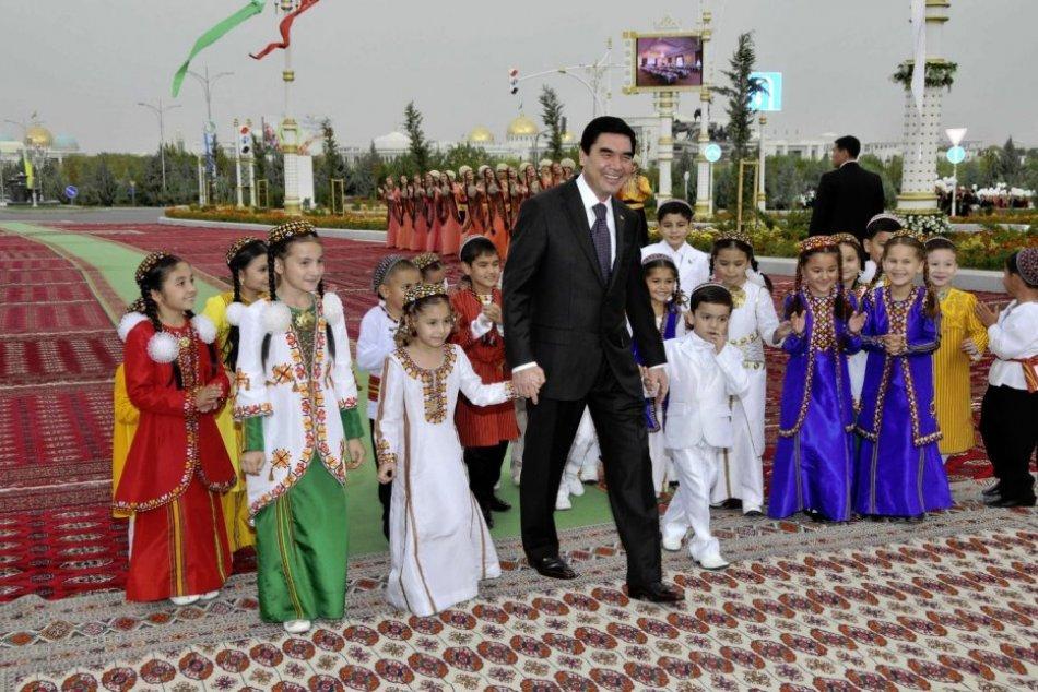 TURKMENIEN IN BILDERN