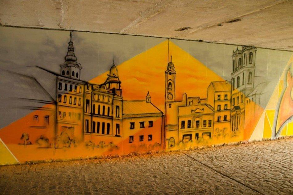 V OBRAZOCH: Galéria v podchode pozýva na blížiaci sa EYOF 2022